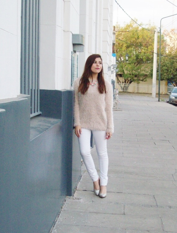 fluffy-mohair-creamy-sweater-winter-white-streetstyle02