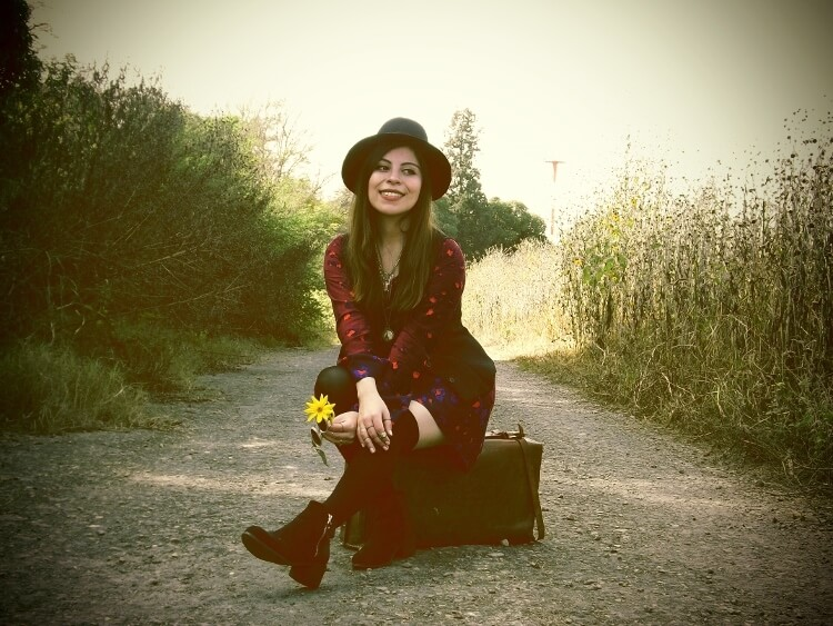 sixties-seventies-boho-hippie-trend-bohemian-dress-stockings-thigh-high-hat-vest-editorial-streetstyle03