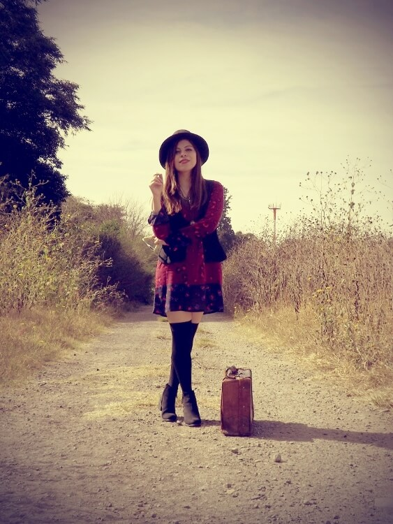 sixties-seventies-boho-hippie-trend-bohemian-dress-stockings-thigh-high-hat-vest-editorial-streetstyle04