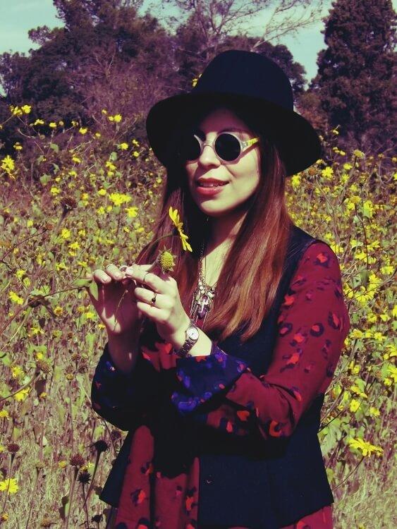 sixties-seventies-boho-hippie-trend-bohemian-dress-stockings-thigh-high-hat-vest-editorial-streetstyle06