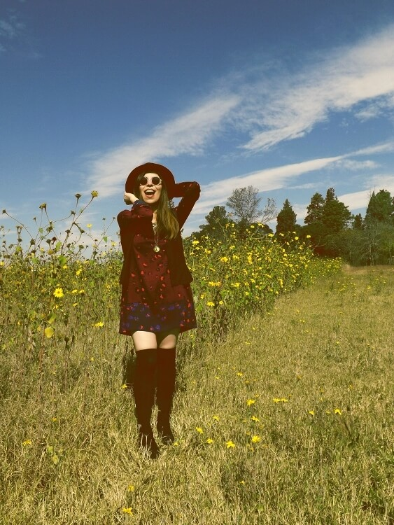 sixties-seventies-boho-hippie-trend-bohemian-dress-stockings-thigh-high-hat-vest-editorial-streetstyle08