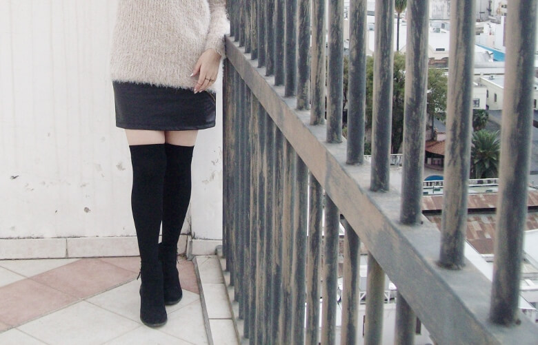 fluffy-cream-sweater-faux-leather-skirt-mini-thigh-high-stockings-fall-winter2015-streetstyle09