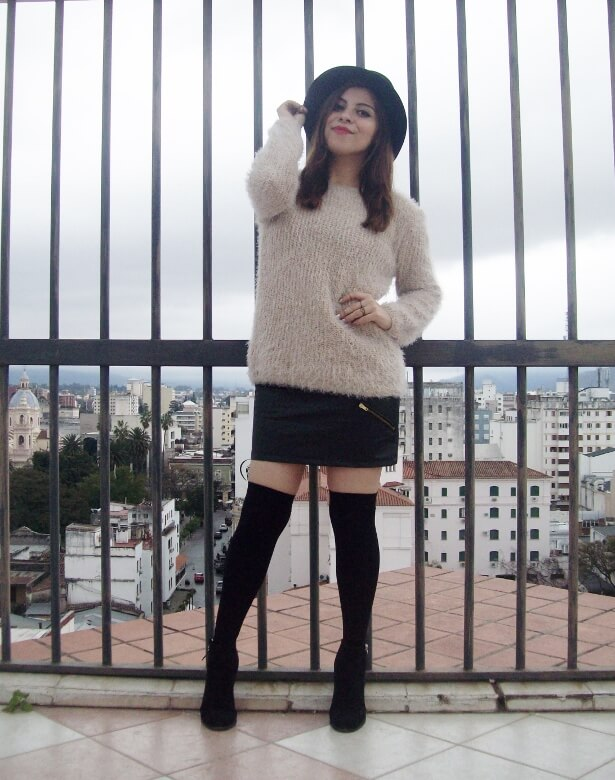 fluffy-cream-sweater-faux-leather-skirt-mini-thigh-high-stockings-fall-winter2015-streetstyle13