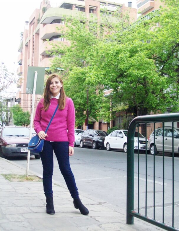 fuchsia-sweater-blue-jeans-color-bocking-streetstyle-ankle-boots02