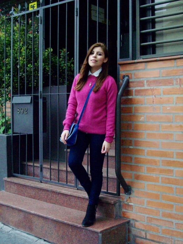 fuchsia-sweater-blue-jeans-color-bocking-streetstyle-ankle-boots09