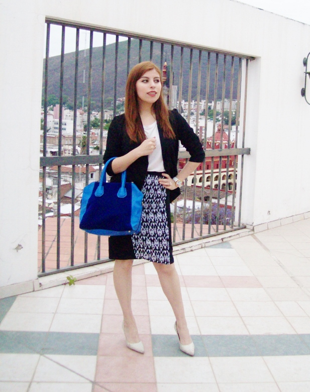 rosegal-cobalt-tote-bag-floral-watch-patterned-pencil-skirt-pr-friendly-fashion-blogger-stylebydeb-deborah-ferrero-streetstyle01