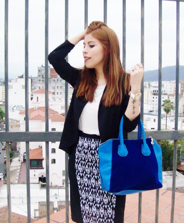rosegal-cobalt-tote-bag-floral-watch-patterned-pencil-skirt-pr-friendly-fashion-blogger-stylebydeb-deborah-ferrero-streetstyle12