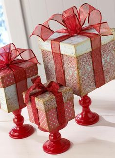 08 - inspiringhomestyle-Dollar store boxes, ribbon and candleholders centrepiece