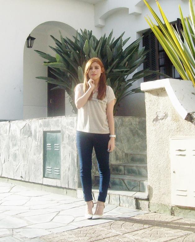 sammydress-white-leather-valentino-rockstaud-pumps-strappy-shoes-stiletto-heel-streetstyle11