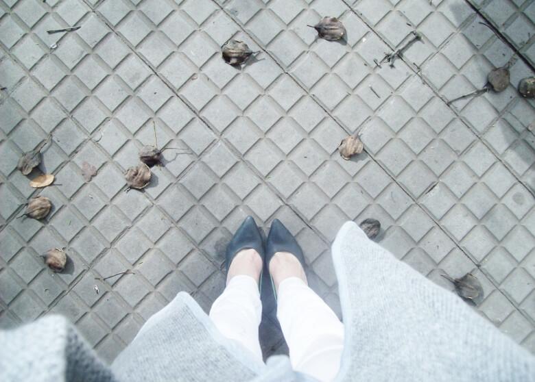 romwe-grey-oversized-cardigan-coat-winter2015-streetstyle17