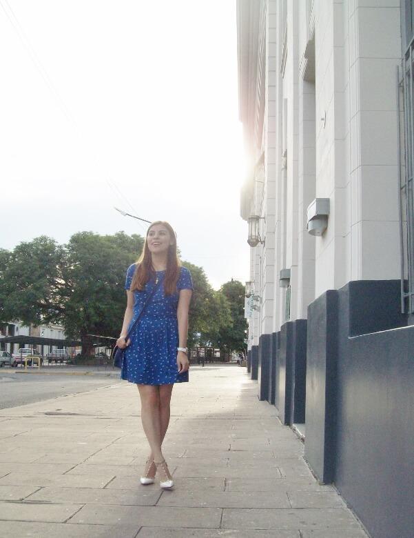 blue-dress-sammydress-rockstud-white-stiletto-pumps-streetstyle-summer2016-trends06