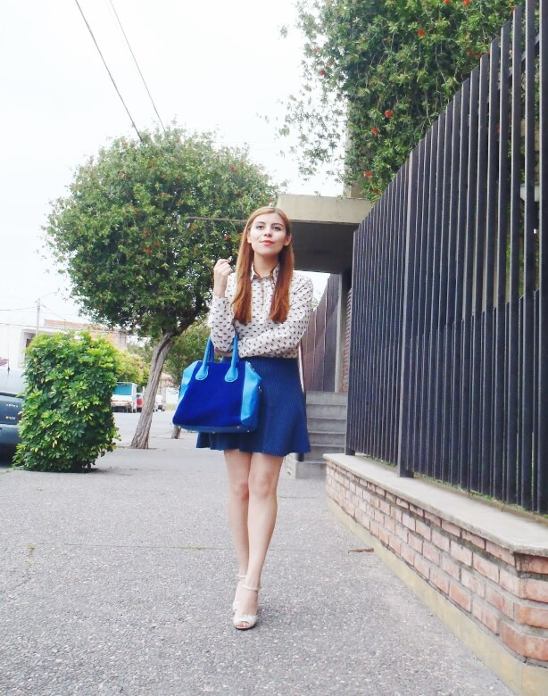 preppy-blue-skater-mini-button-up-shirt-strappy-sandals-rosegal-blue-tote-bag-streetstyle14