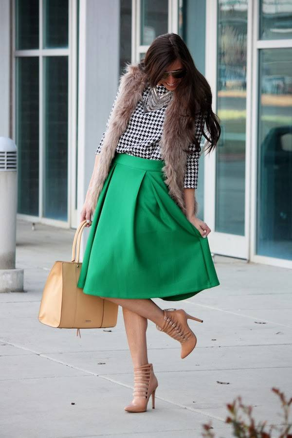 05 - cleverlyours faux fur vest green midi skirt nude lace up heels stiletto pumps st patrciks outfit ideas