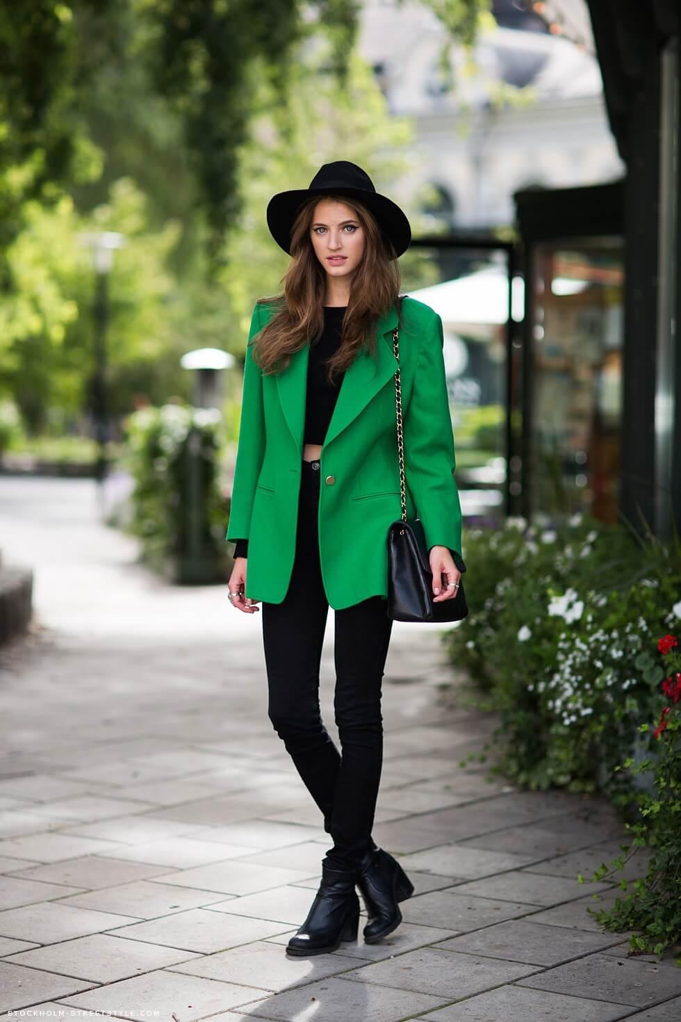 07 - tumblr - green blazer stylish st patricks outfit ideas