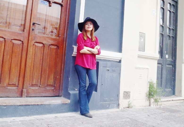burgundy-lace-up-blouse-flare-jeans-fall2016-zaful-wide-trim-fedora-hat-wester-look-seventies-trend02