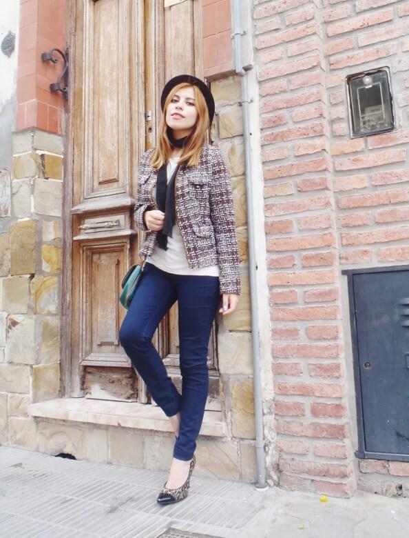 tweed-jacket-skinny-tie-scarf-skinny-jeans-animal-print-stiletto-shoes-black-fedora-fall-winter2016-trends-deborah-ferrero-style-by-deb05