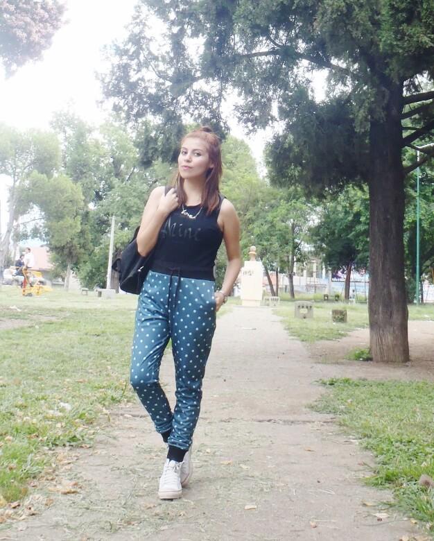 vanhoston-dotted-pants-weekend-wear-streetstyle02