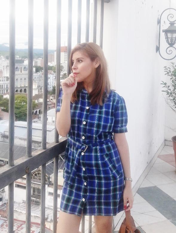 shirt-dress-blue-plaid-tartan-white-converse-fall2016trends-deborah-ferrero-stylebydeb03