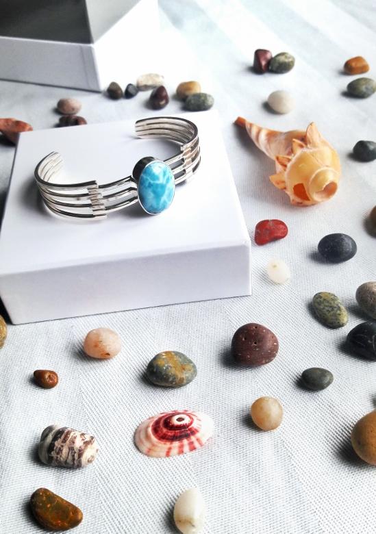 Larimar com atlantis stone healing gemstones larimar bracelet cuff turquoise accessories summer 2016 trend deborah ferrero style by deb 11