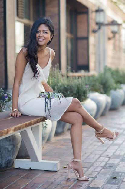 Minimal6 - white slip dress strappy sandals fashion blogger streetstyle how to wear slip dress trend 2016