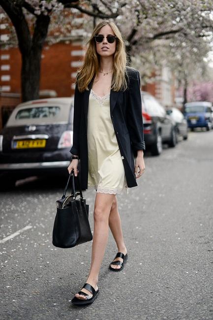 daytime3 - chiara ferragni streetstyle slip dress with boyfriend blazer and birkenstock sandals how to wear a slip dress srping summer 2016 trend