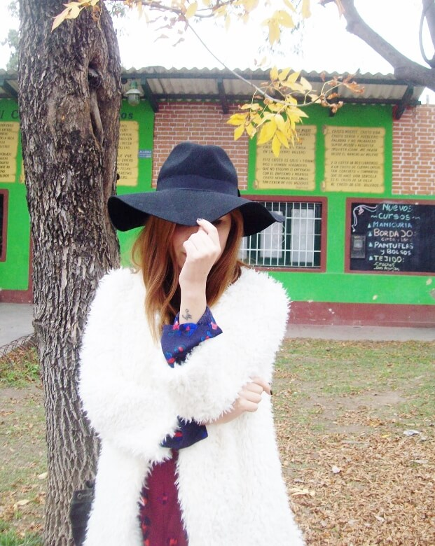 white faux fur coat newchic a line printed dress black tights fringed ankle booties happiness boutique necklace zaful wide trim fedora hat streetstyle deborah ferrero style by deb fall trends10