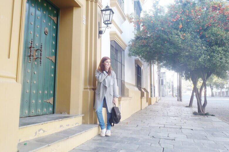 romwe gray long coat light blue jeans converse sneakers choker deborah ferrero streetstyle style by deb03 (1)