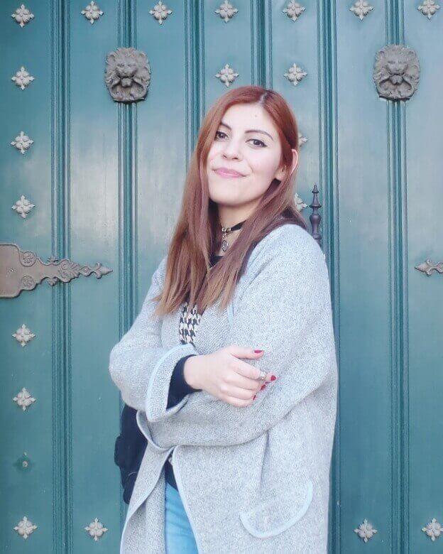 romwe gray long coat light blue jeans converse sneakers choker deborah ferrero streetstyle style by deb08