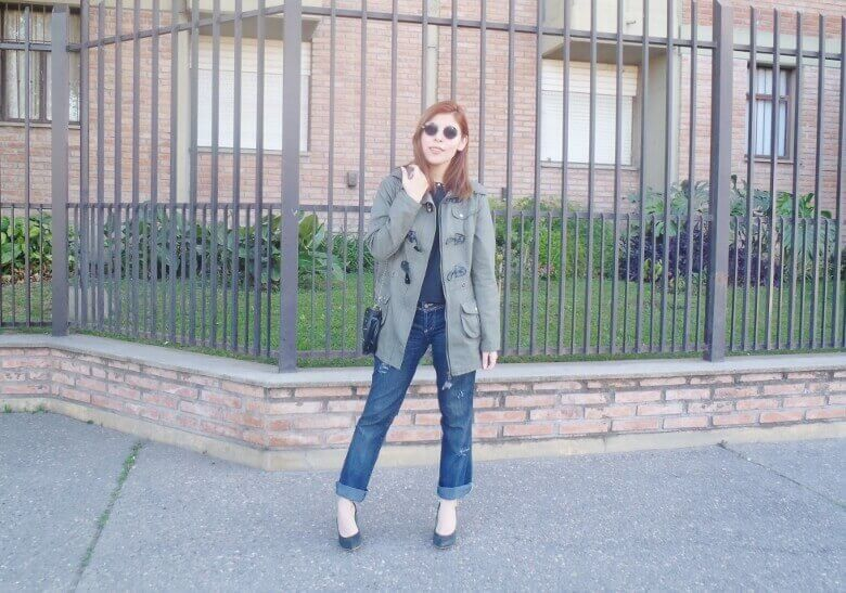 military green parka american mix sweater ripped distressed jeans deborah ferrero style by deb fall 2016 trends03