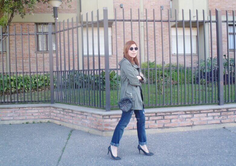 military green parka american mix sweater ripped distressed jeans deborah ferrero style by deb fall 2016 trends08