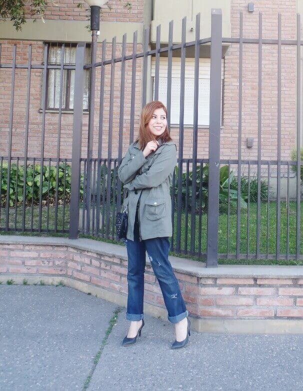military green parka american mix sweater ripped distressed jeans deborah ferrero style by deb fall 2016 trends11