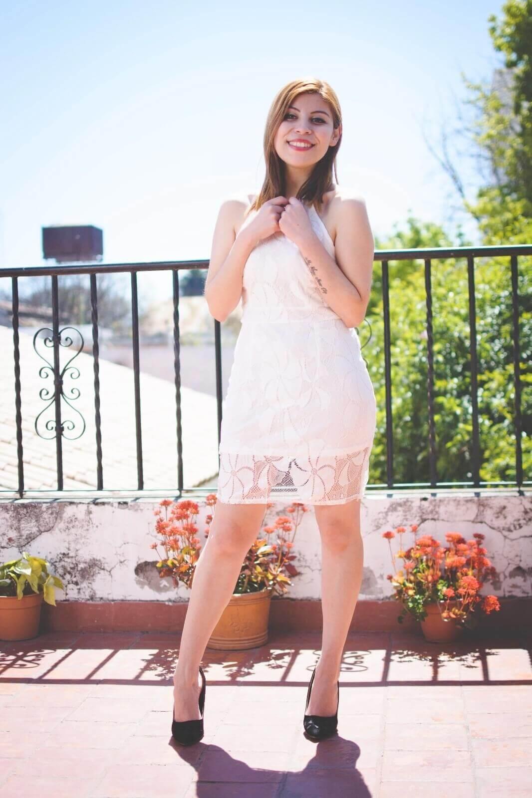 gamiss-white-lace-dress-halter-neck-dresses-cocktail-dresses-2016-zaful-black-suede-stilettos-deborah-ferrero-style-by-deb07