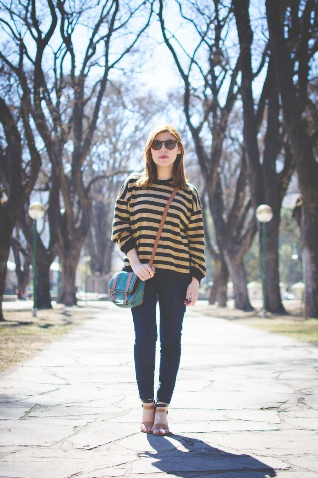 sammydress-block-heel-sandals-leopard-frame-light-brown-sammydress-sunglasses-deborah-ferrero-style-by-deb-streetstyle-salta-striped-sweater-fall2016-trends14