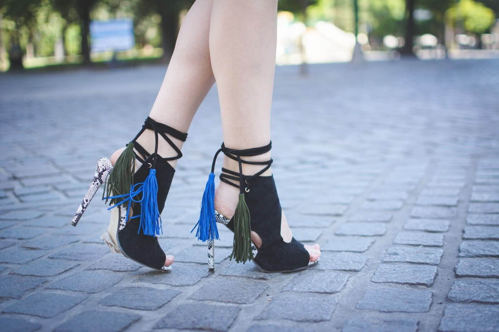 zaful-statement-shoes-silver-mirrored-sunglasses-deborah-ferrero-streetstyle-style-by-deb06