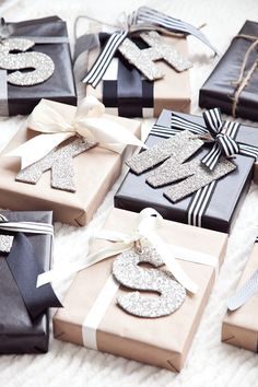 30-personalized-christmas-wrapping-boxwood-clipping