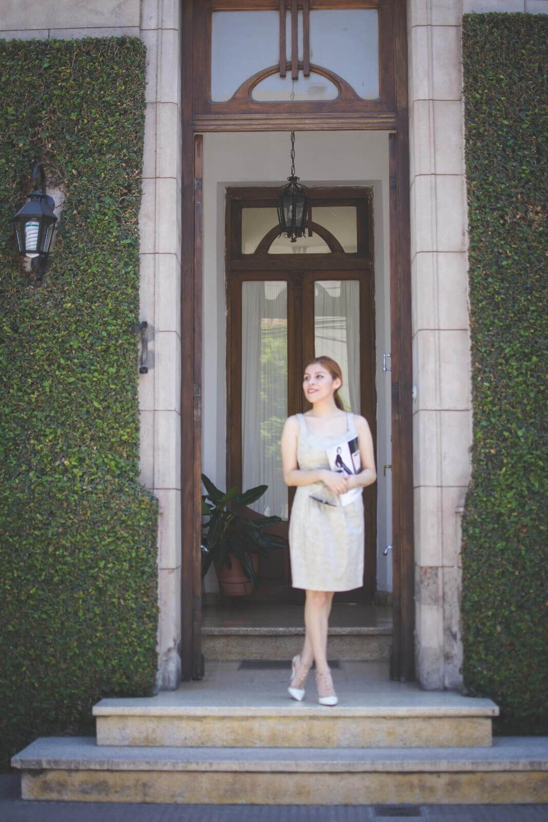 almond-white-dress-sammydress-stilettos-valentino-rockstud-imitation-deborah-ferrero-style-by-deb-ladylike05