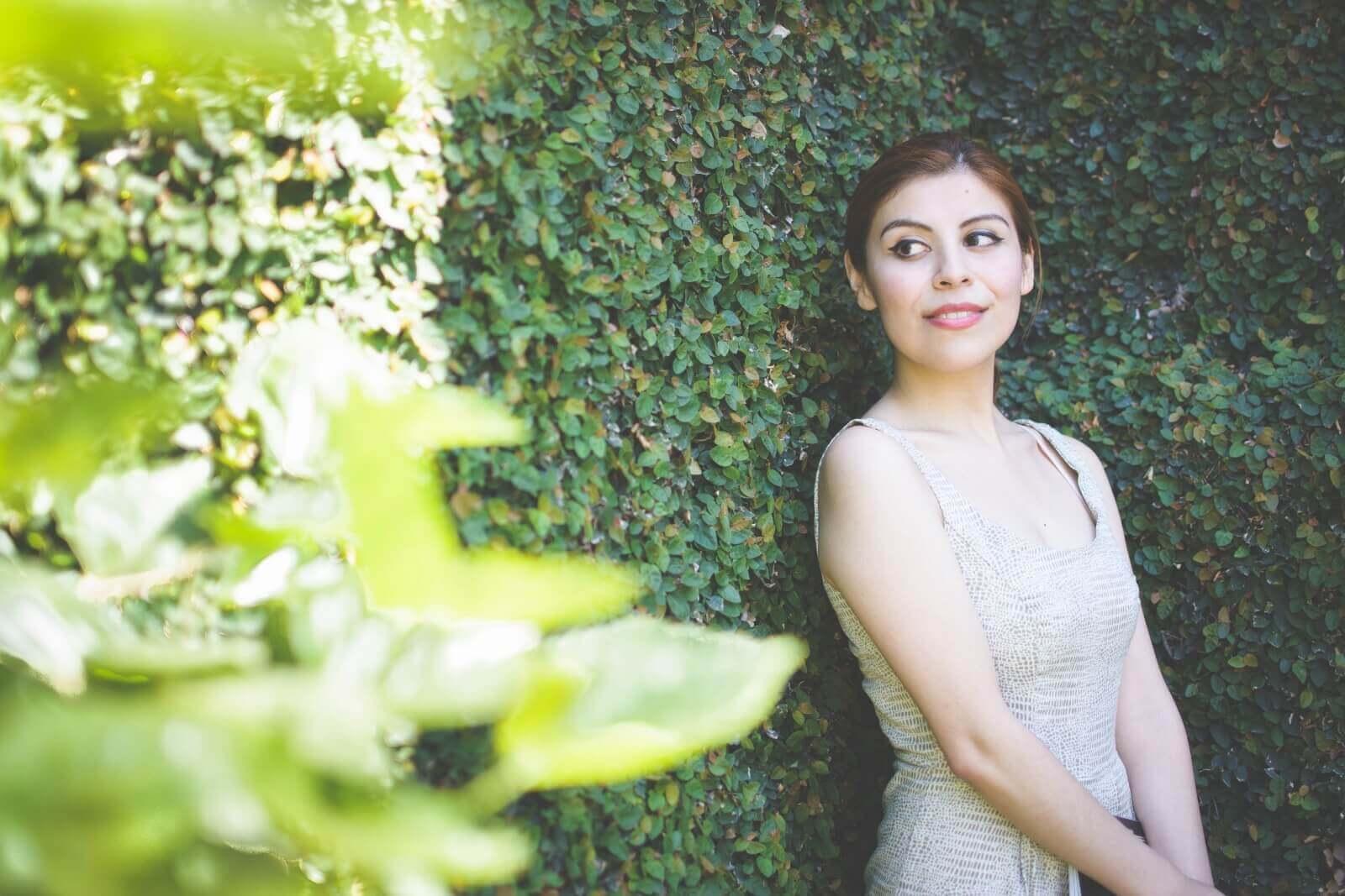 almond-white-dress-sammydress-stilettos-valentino-rockstud-imitation-deborah-ferrero-style-by-deb-ladylike16