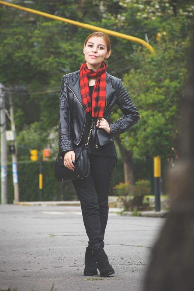 all black outfit zaful biker faux leather jacket newchic bag luna crossbody bag deborah ferrero style by deb01