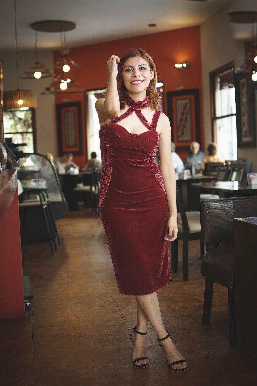 shein pink velvet halter straps dress deborah ferrero style by deb salta streetstyle gamiss black sandals12