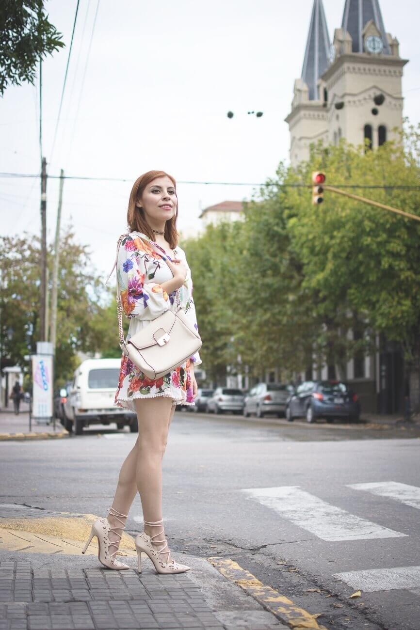 zaful floral romper nude lace up stiletto shoes laser cut pumps deborah ferrero streetstyle salta style by deb blogger argentina12