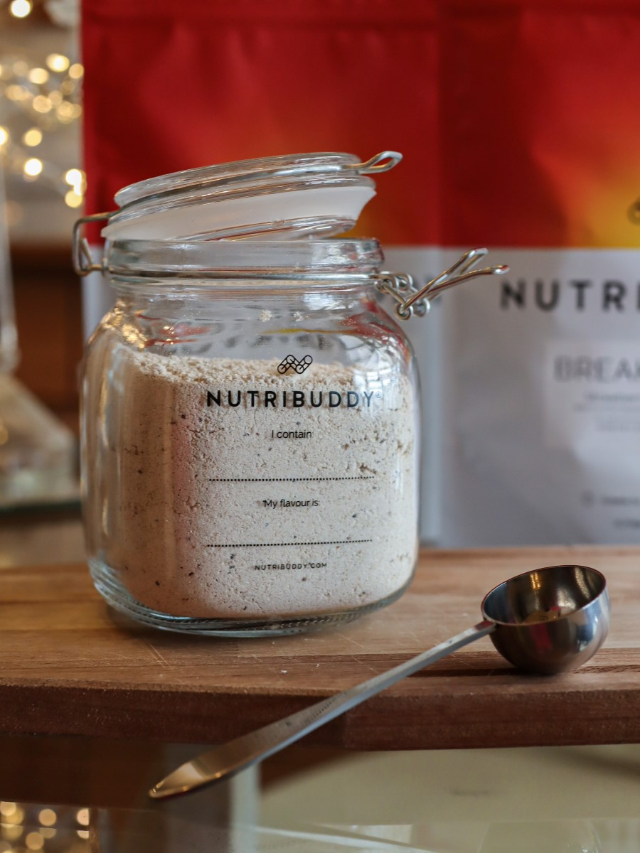 nutribuddy reusable glass jar and stainless steel scoop