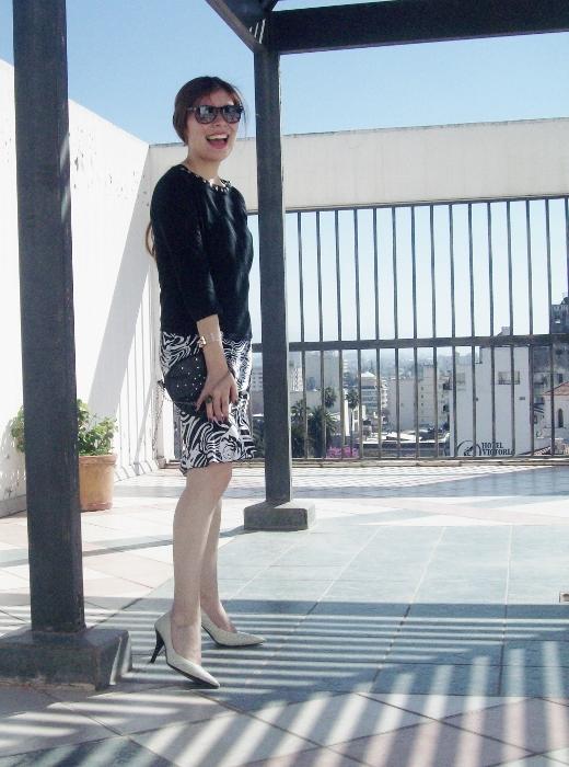 Pattern-flared-skirt-zebra-fashion-blogger-streetstyle-officewear-11