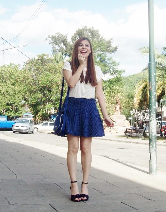 White-tshirt-summer2015-streetstyle-girly-01