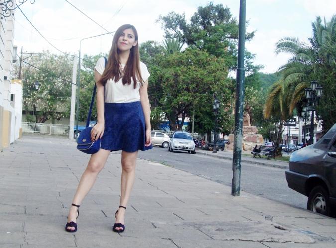 White-tshirt-summer2015-streetstyle-girly-03