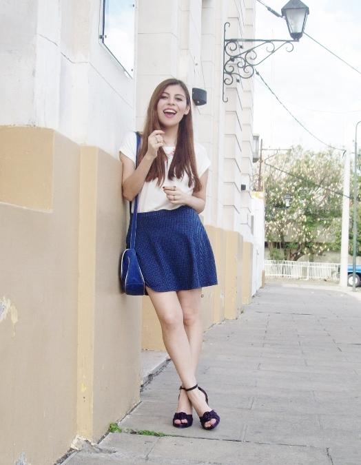 White-tshirt-summer2015-streetstyle-girly-04