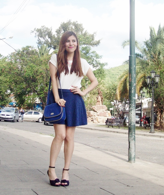 White-tshirt-summer2015-streetstyle-girly-06