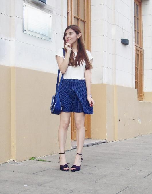 White-tshirt-summer2015-streetstyle-girly-09