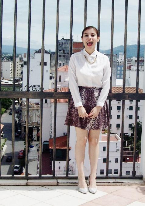 animal-print-skater-skirt-white-shirt-streetstyle-girly-02