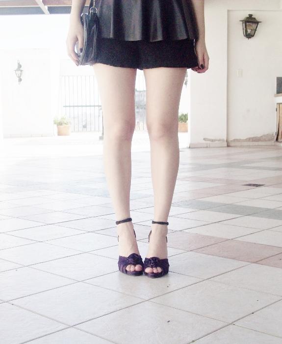 black-faux-leather-peplum-lace-shorts-streetstyle-blogger-summer2015 - 06