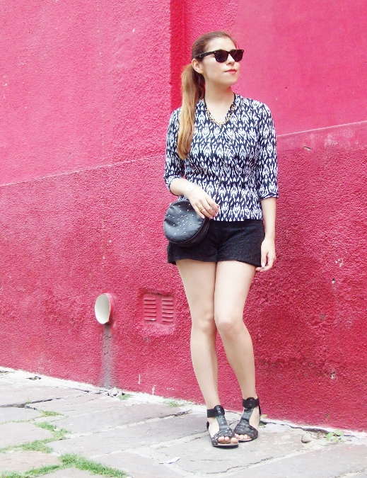 blackandwhite-printed-blouse-summer2015-streetstyle-casual04